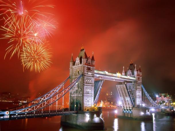 London-Bridge-yilbasi