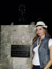 Sevil Uyar Küba gezisi