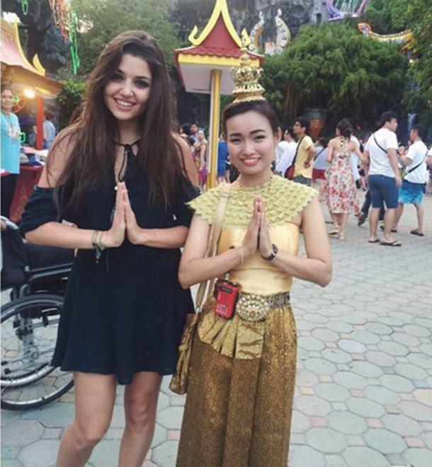 Hande Erçel Tayland tatili