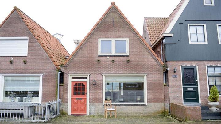 Galatasaray taraftarının Yenge'si Yolanthe Cabau, Hollanda'daki evini sattı.