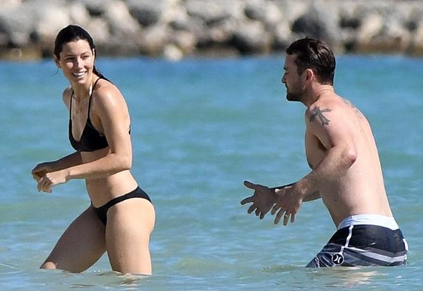 Hollywood'un ünlü çifti Jessica Biel ve Justin Timberlake, Karayip Adalarında tatilde!