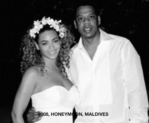 Hamile Beyonce'den Maldivler Balayı Pozu