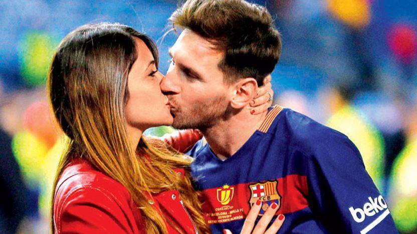 Messi Evleniyor Pique Düğüne Gidemiyor