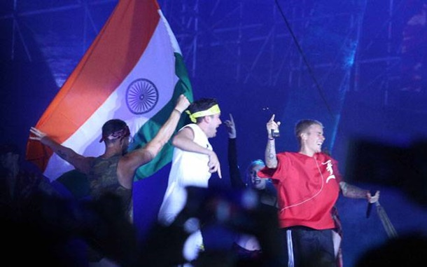 Justin Bieber Hindistan'da Sahne Aldı