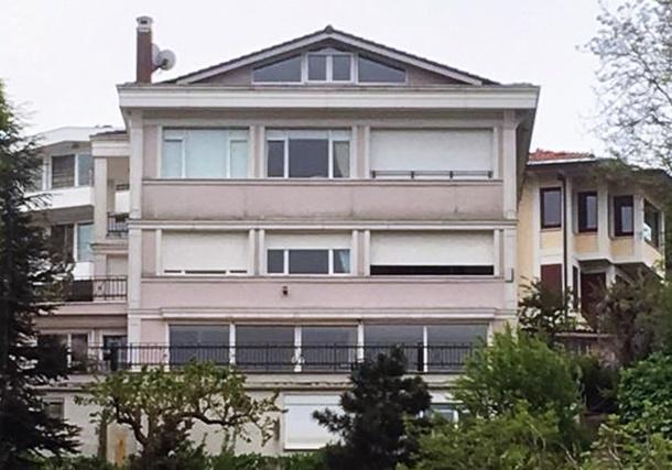 Sinem Ceceli Villasını Satıyor