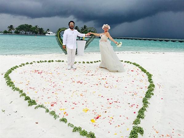 Maldivler'de Nikah Tazelediler