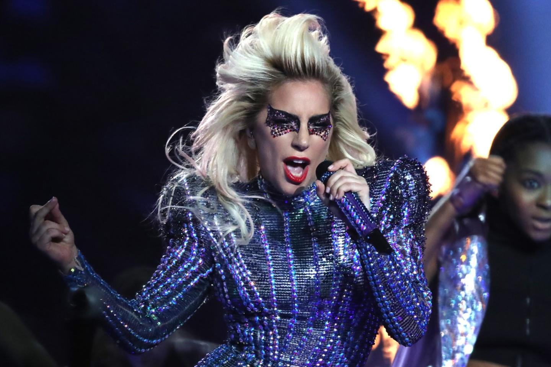 Lady Gaga Avrupa Konserlerini İptal Etti
