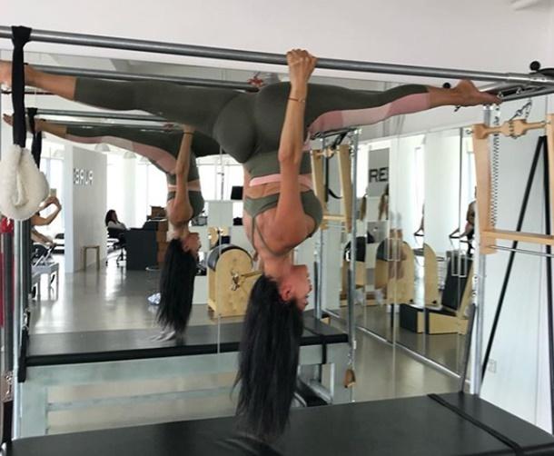 Nicole Scherzinger Dubai Pilates Sınıfında Yer Çekimini Meydan Okudu