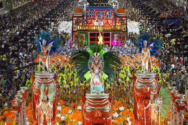 Venedik ve Rio İçin Karnaval Zamanı