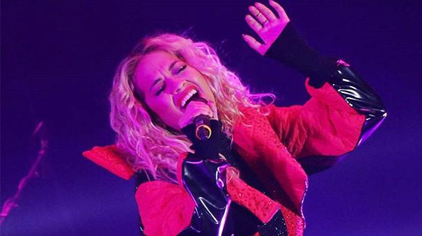 Rita Ora Kosova'da Sahne Aldı!