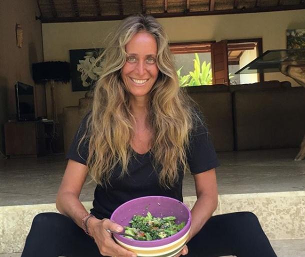 Bennu Gerede Bali adasında yoga eğitmenliğine başladı