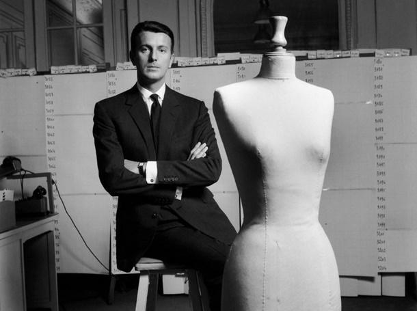 Bir Hubert de Givenchy Geçti Moda Dünyasından