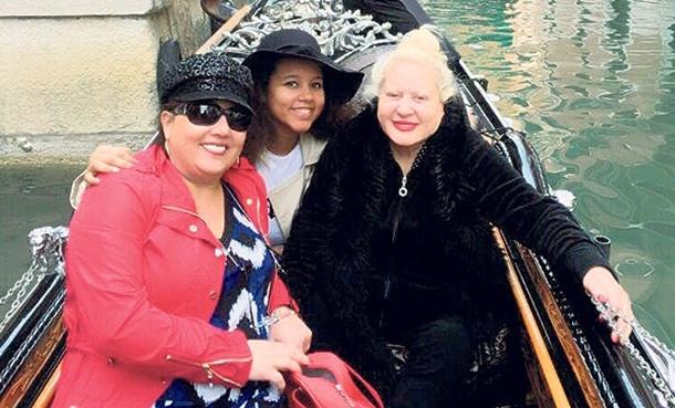 Muazzez Abacı Venedik tatilinde