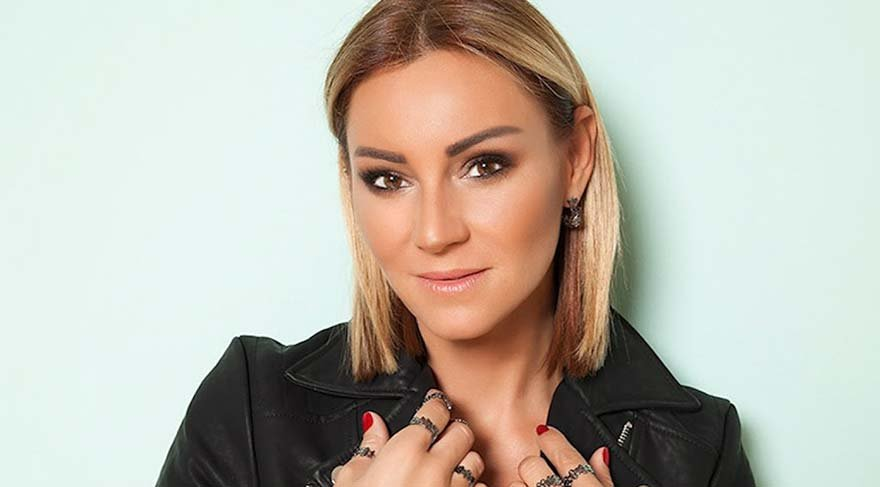 Pınar Altuğ'dan duygusal Mina Başaran paylaşımı