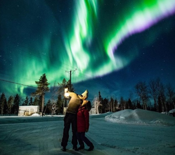Ünlü çift Finlandiya Lapland tatilinde