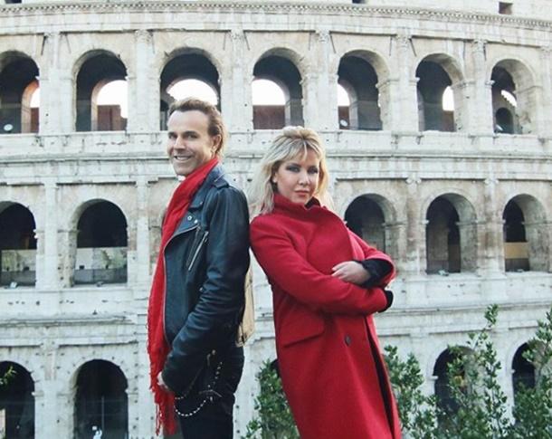 Zeynep İlkgün İle Soner Arıca İtalya'nın Tarihi Kenti Roma'da Klip Çekti