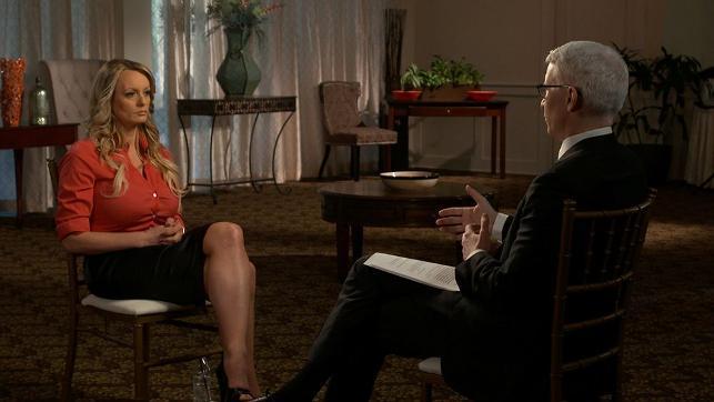 Porno yıldızı Stormy Daniels canlı yayında yaşadıklarını anlattı