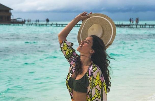 Pelin Akil Maldivler tatilinde