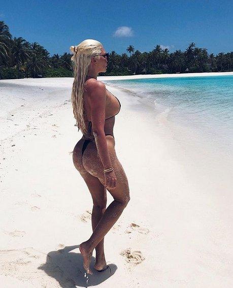 Jelena Karleusta'dan Maldivler paylaşımı